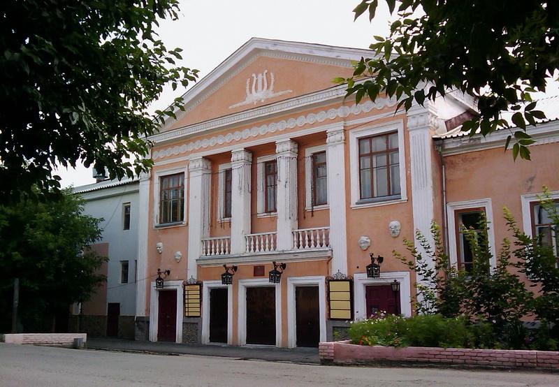 Театр Шадр